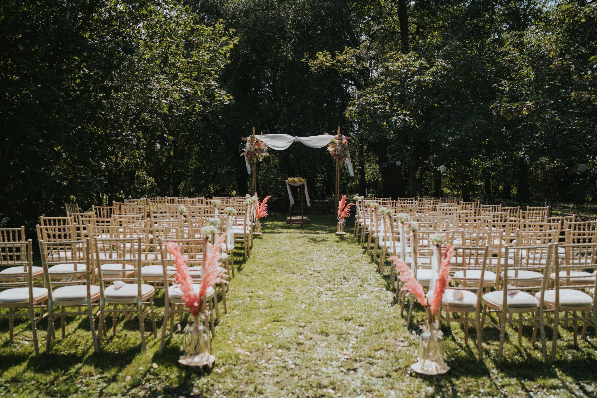 emi-Jack-boho-diy-wedding-eggington-house-grace-elizabeth-colchester-essex-alternative-wedding-photographer-suffolk-norfolk-devon (20 of 56).jpg