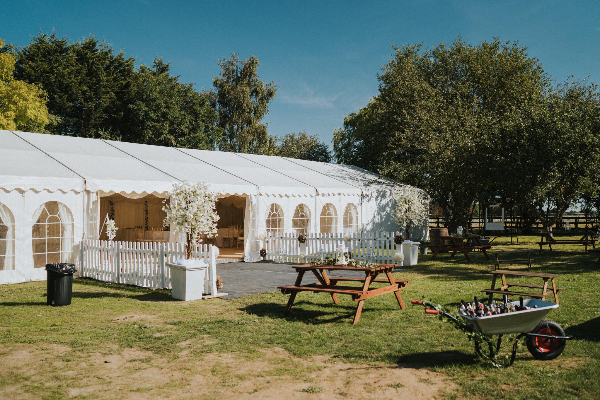 amy-ross-diy-garden-wedding-grace-elizabeth-colchester-essex-suffolk-devon-norfolk-wedding-lifestyle-photographer (2 of 51).jpg