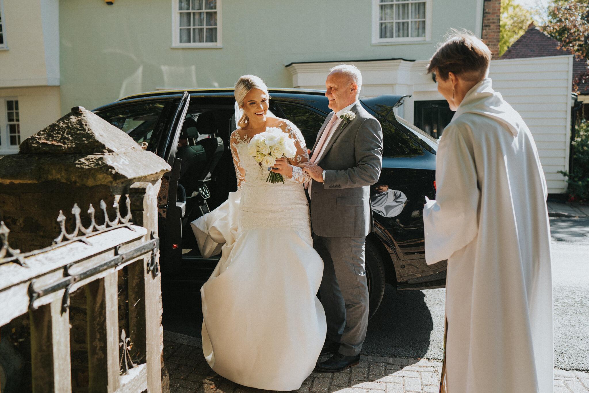 amy-ross-diy-garden-wedding-grace-elizabeth-colchester-essex-suffolk-devon-norfolk-wedding-lifestyle-photographer (17 of 51).jpg