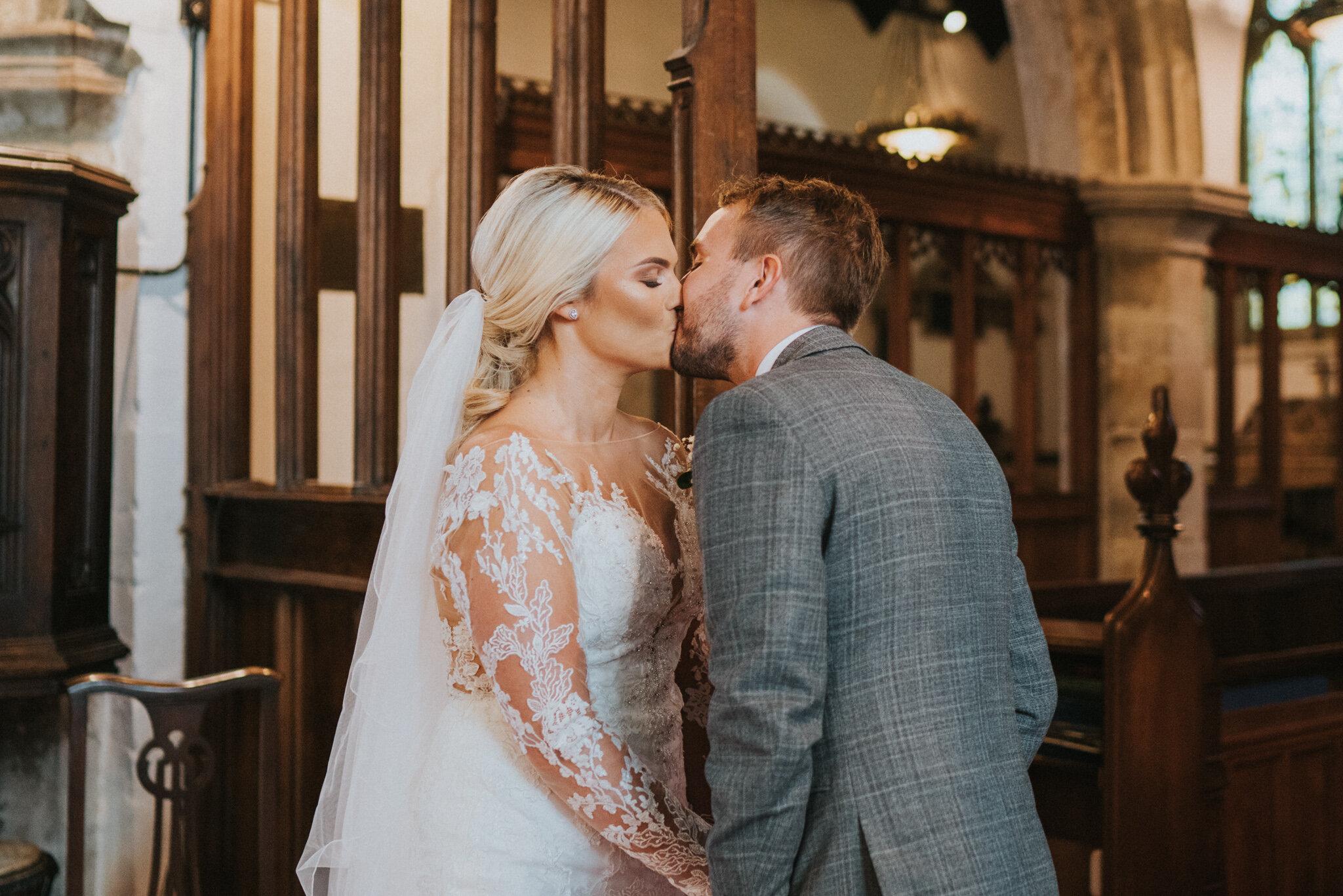amy-ross-diy-garden-wedding-grace-elizabeth-colchester-essex-suffolk-devon-norfolk-wedding-lifestyle-photographer (25 of 51).jpg