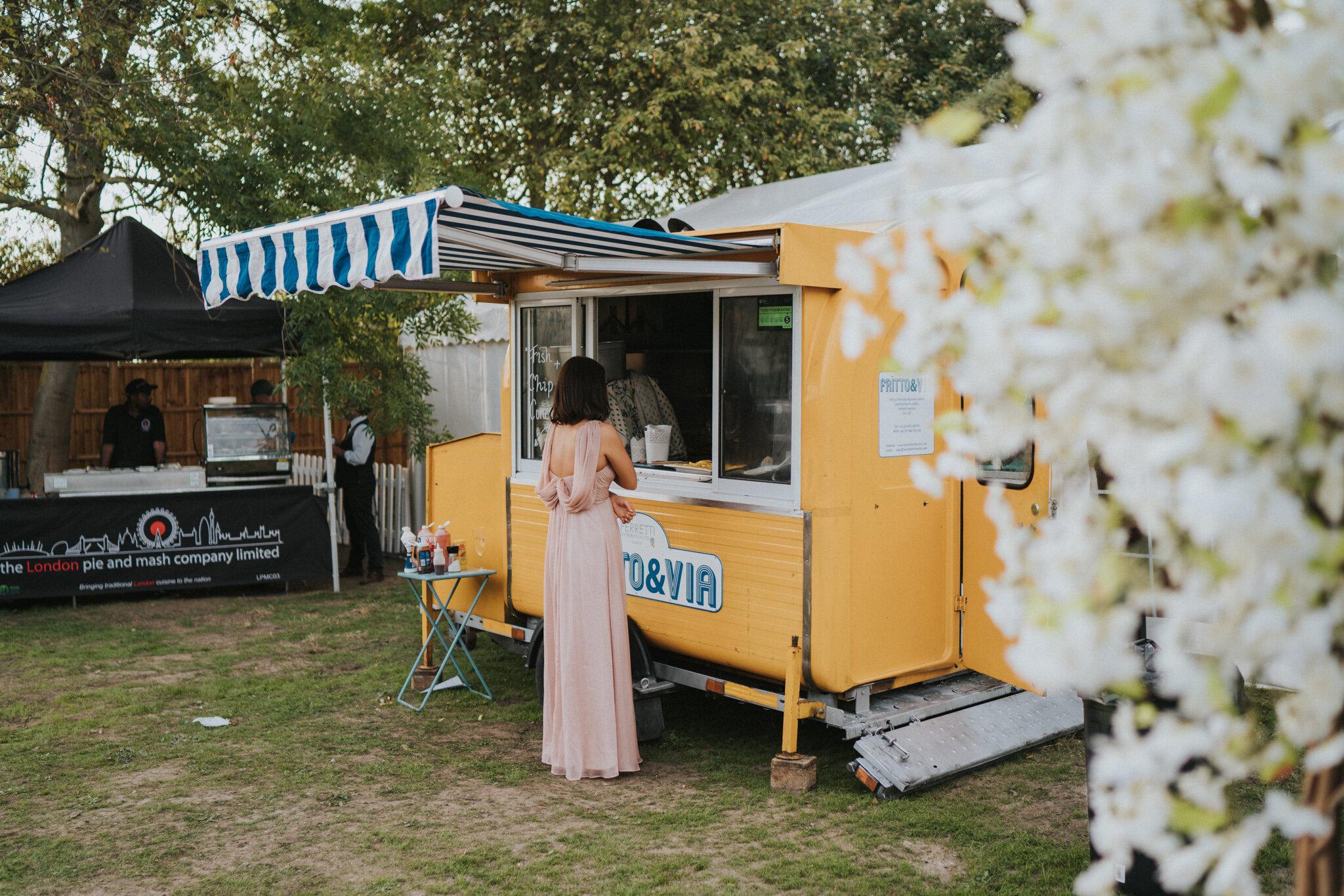 amy-ross-diy-garden-wedding-grace-elizabeth-colchester-essex-suffolk-devon-norfolk-wedding-lifestyle-photographer (35 of 51).jpg
