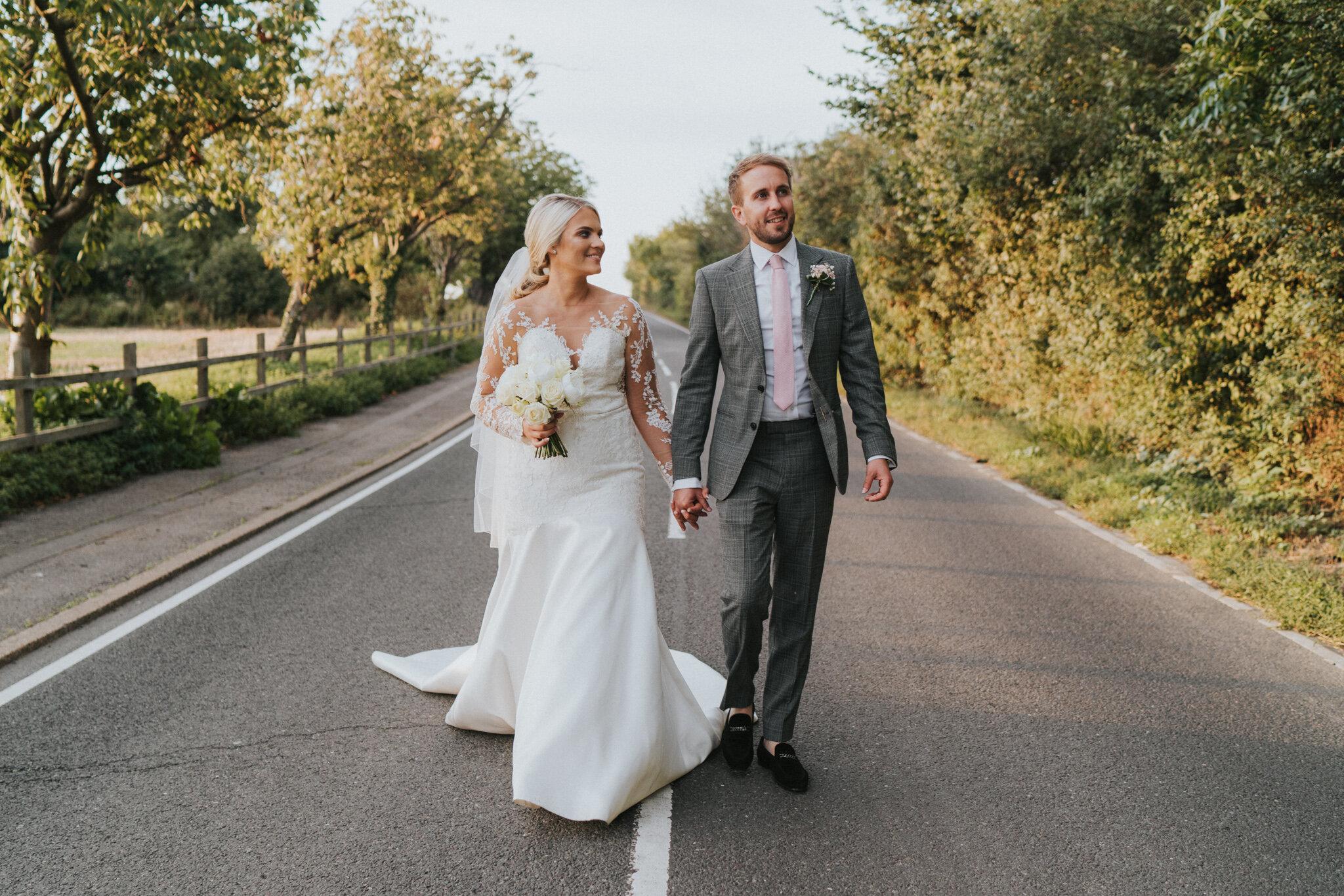 amy-ross-diy-garden-wedding-grace-elizabeth-colchester-essex-suffolk-devon-norfolk-wedding-lifestyle-photographer (43 of 51).jpg
