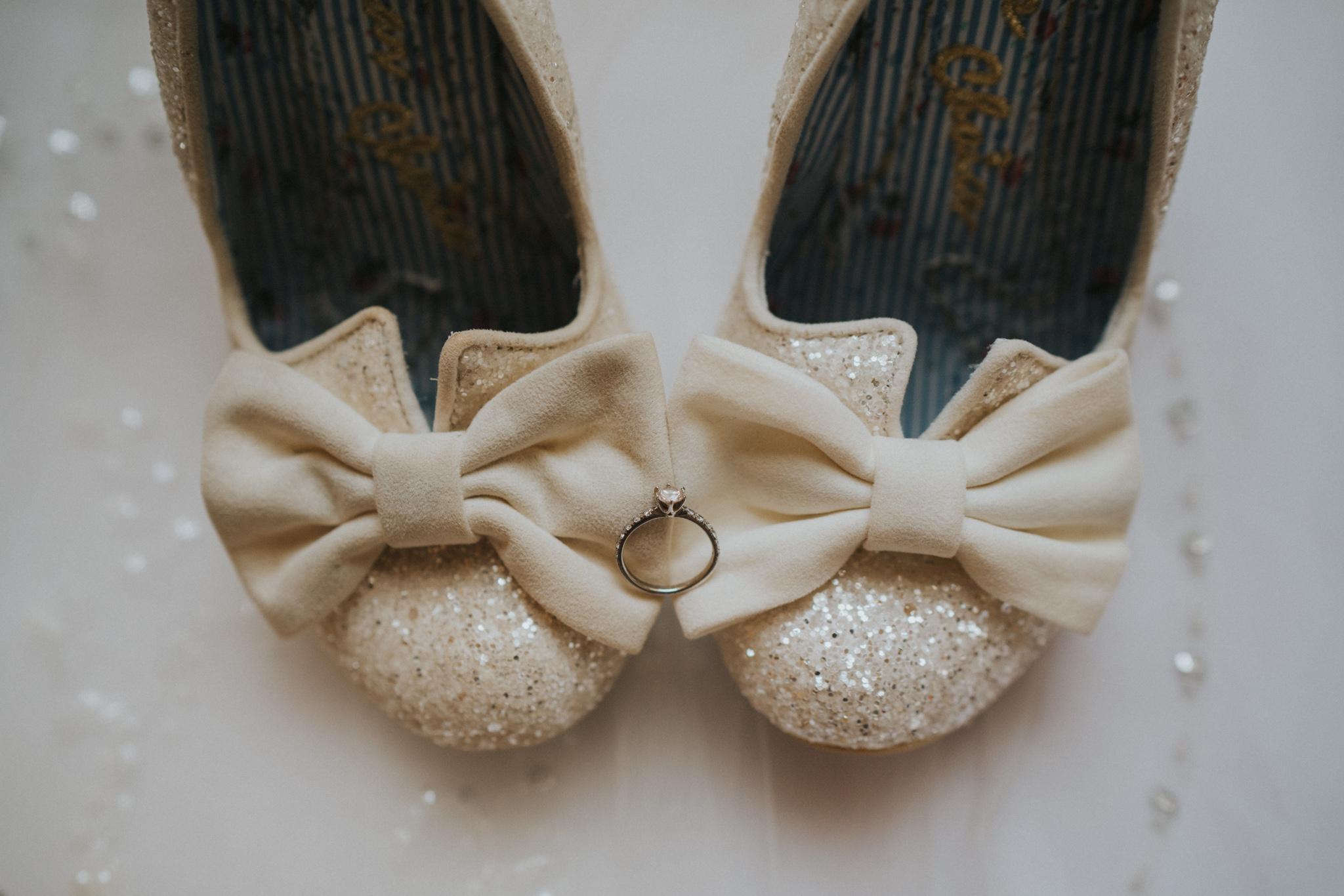 chara-neil-gosfield-hall-wedding-grace-elizabeth-colchester-essex-alternative-wedding-photographer-essex-devon-suffolk-norfolk (7 of 50).jpg