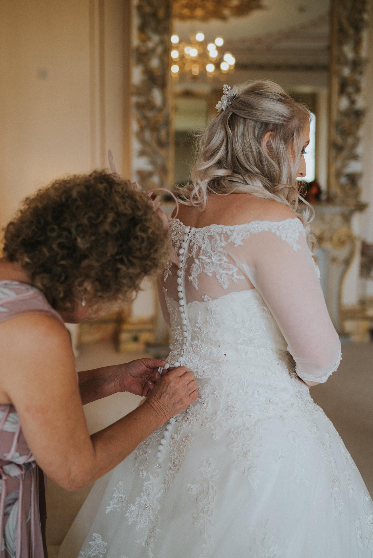 chara-neil-gosfield-hall-wedding-grace-elizabeth-colchester-essex-alternative-wedding-photographer-essex-devon-suffolk-norfolk (20 of 50).jpg