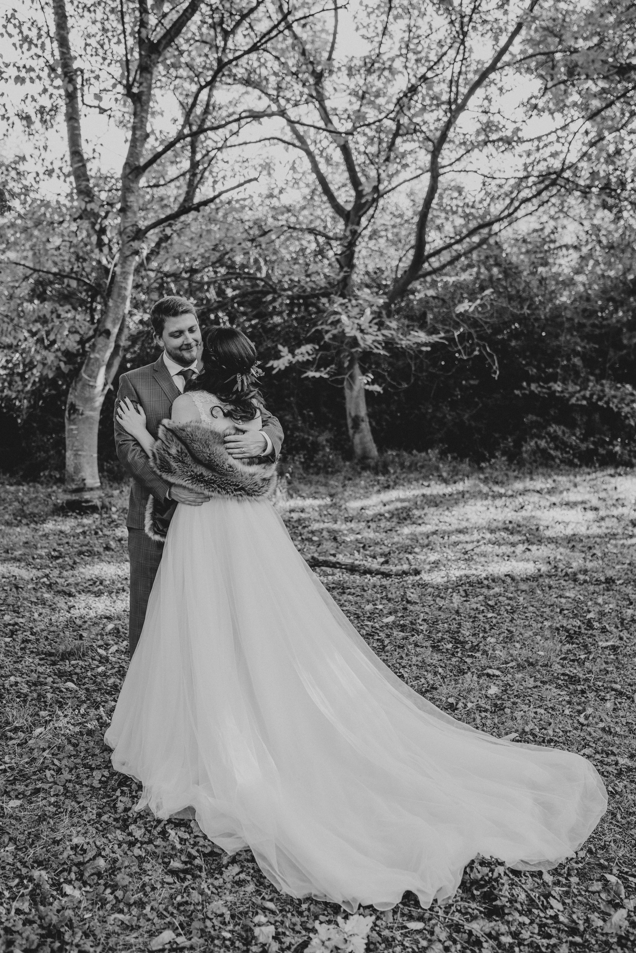 natalie-john-houchins-grace-elizabeth-colchester-essex-alternative-wedding-photographer-essex-devon-suffolk-norfolk (51 of 64).jpg