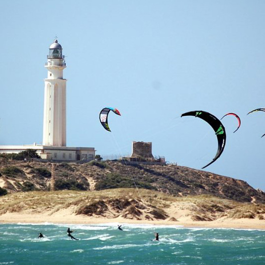 Lighthouse_kitesurfing.jpg