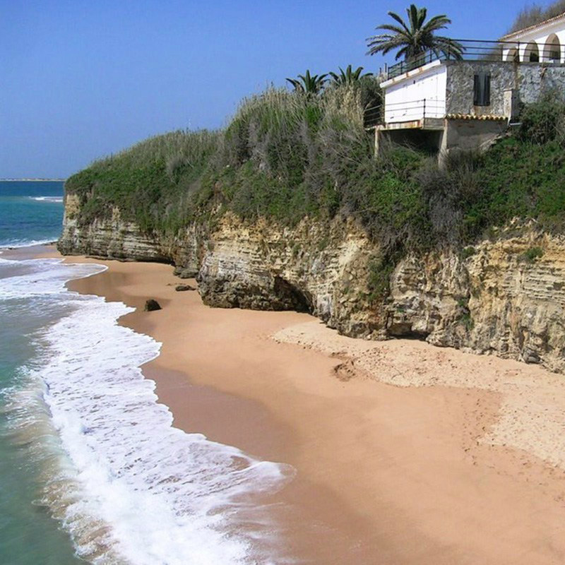Beach_Cliff.jpg