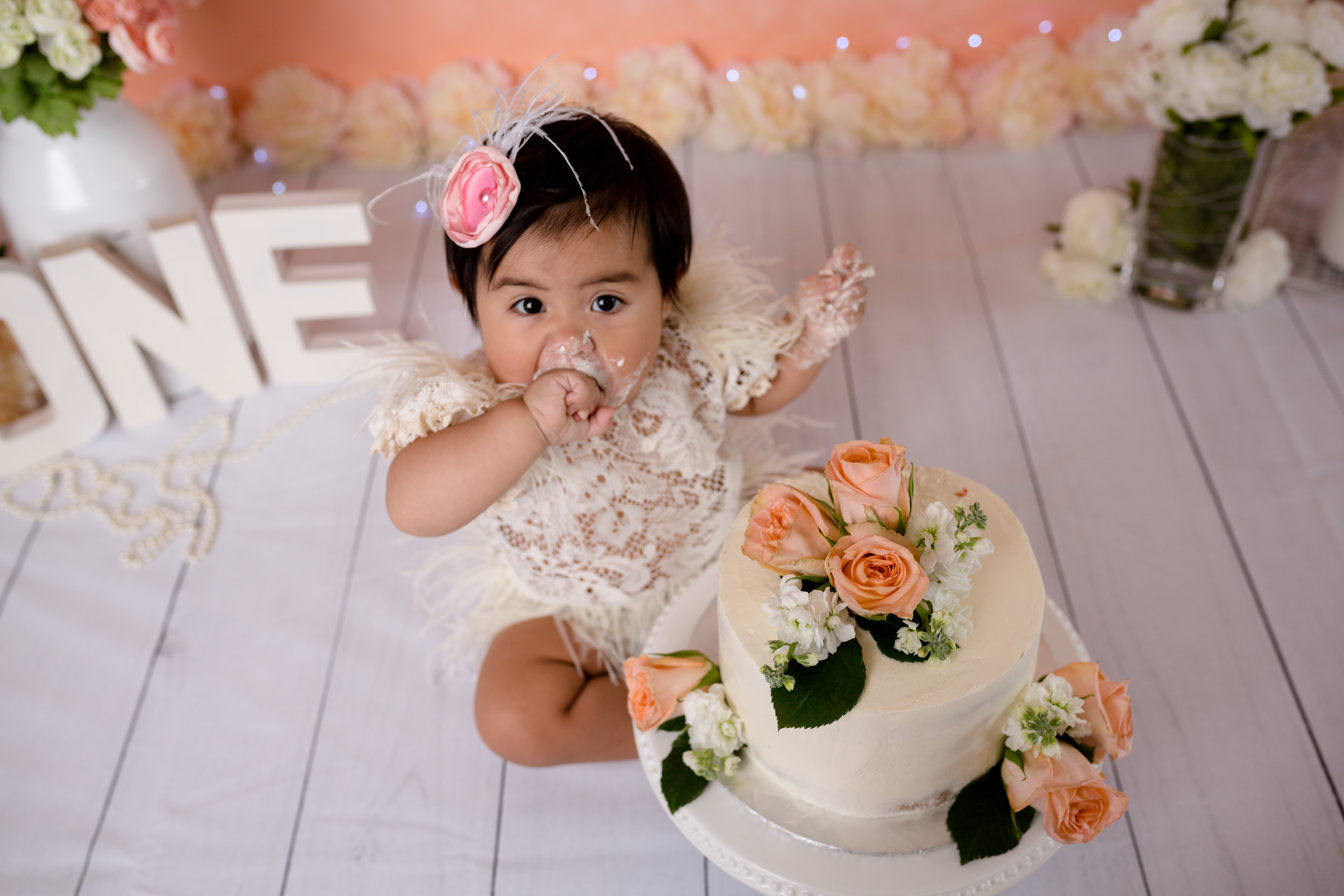 Gianna's1yrcakesmash56.jpg