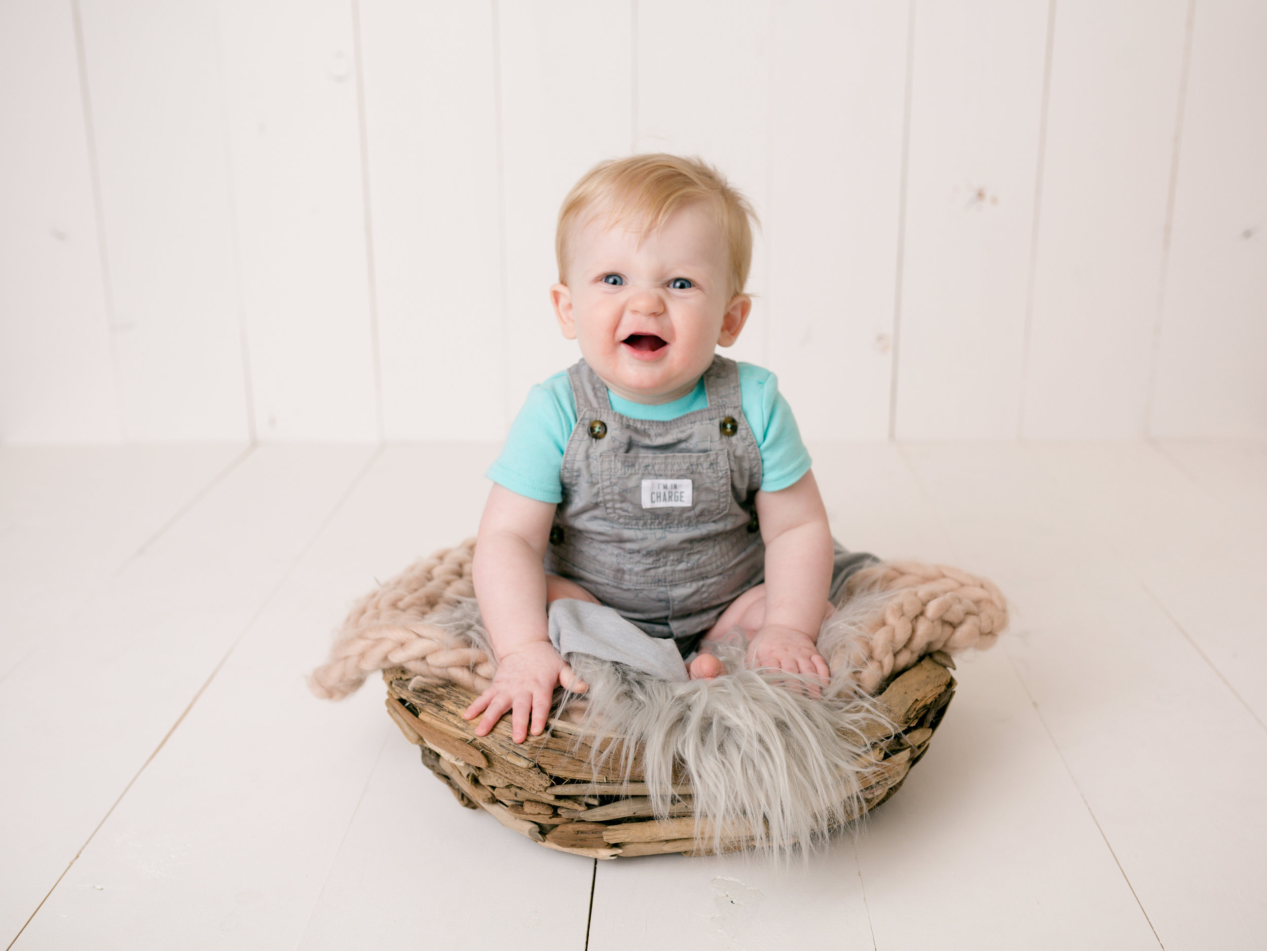 Jackson Carey's 9 month sitter session63.jpg