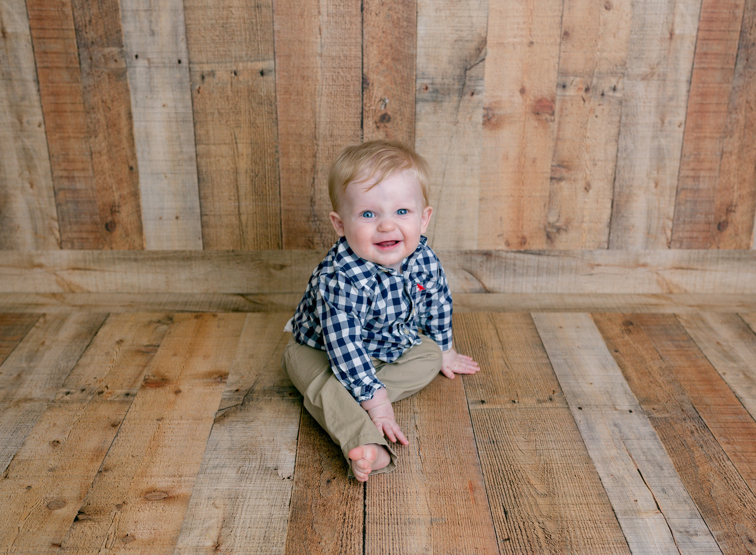Jackson Carey's 9 month sitter session117.jpg