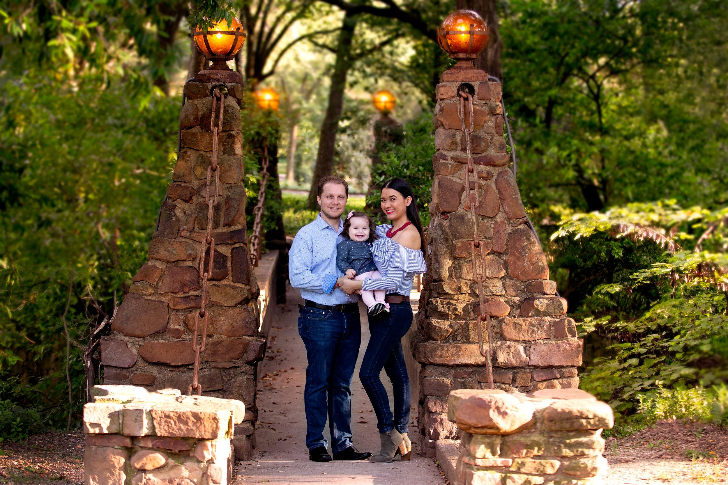 Balen Matern Family Session - Davis Park1.jpg