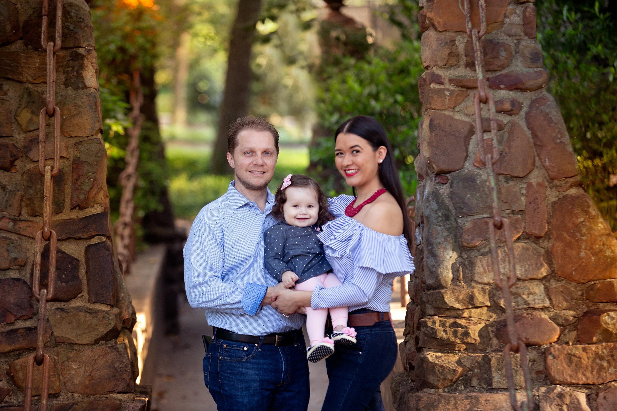 Balen Matern Family Session - Davis Park3.jpg