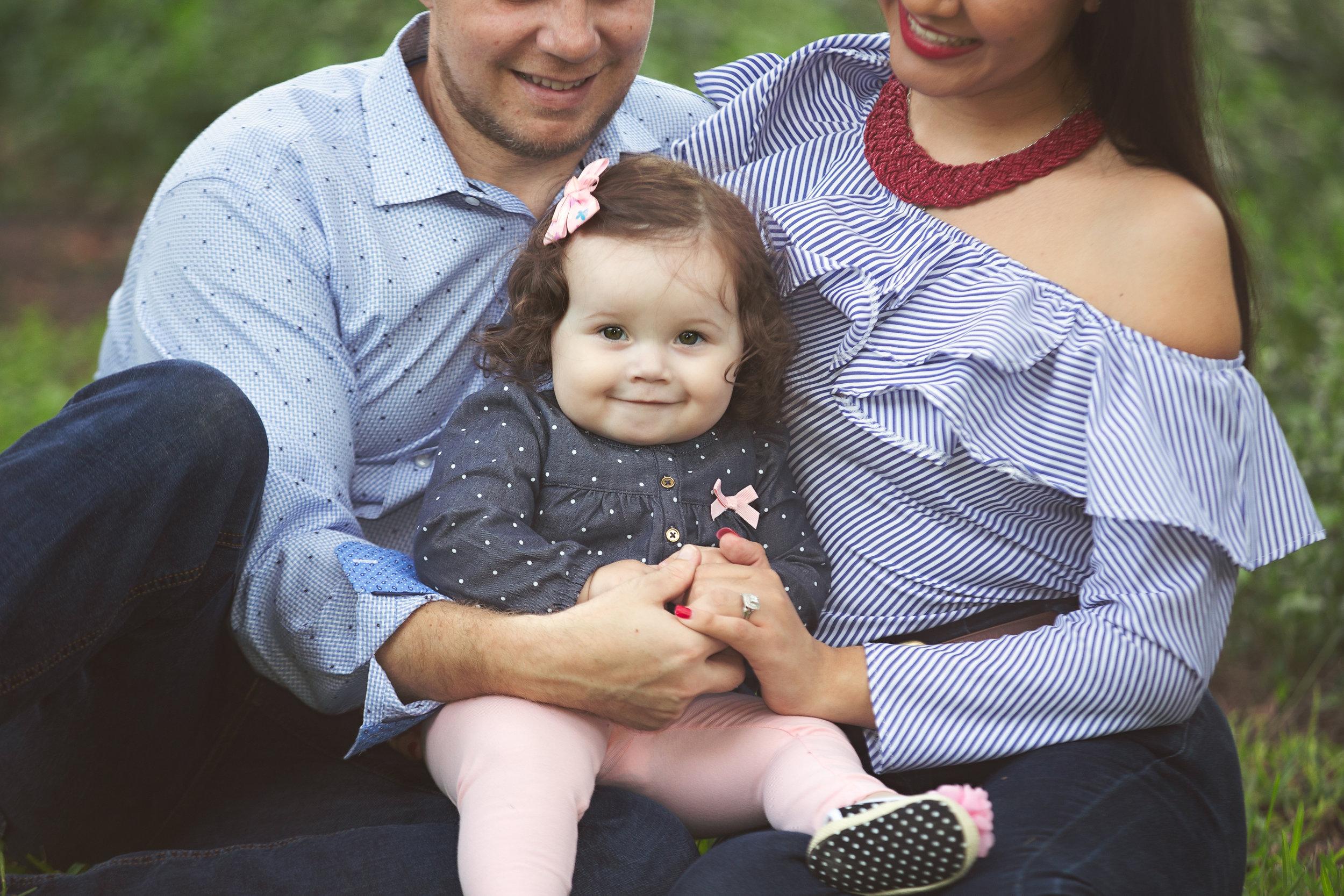 Balen Matern Family Session - Davis Park59.jpg