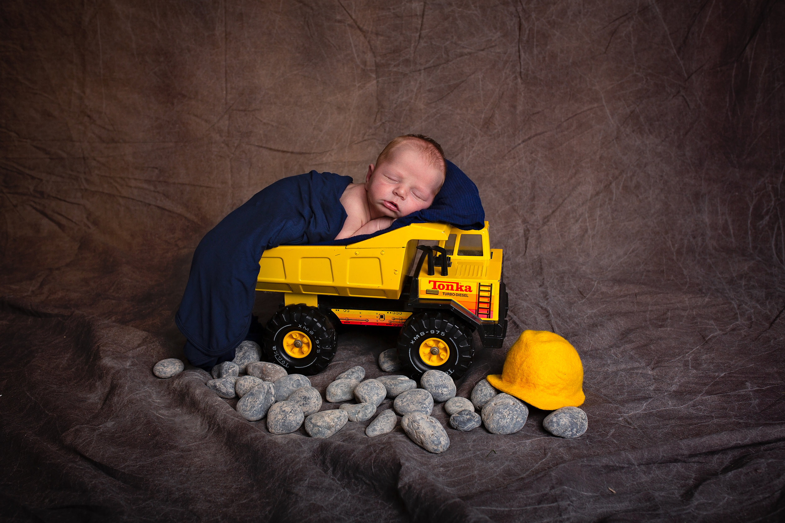 18_11_04 Melody Foster Newborn Session - Pryson29.jpg