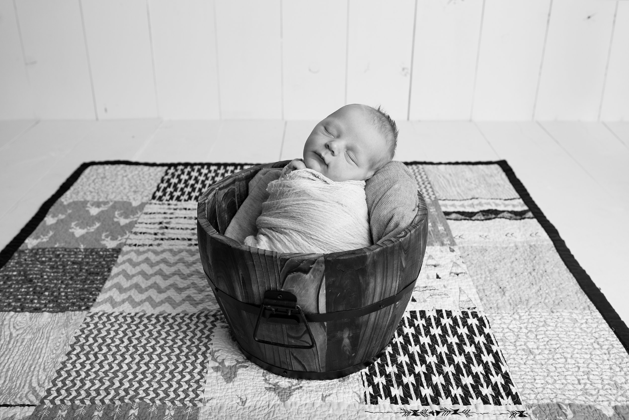 18_11_04 Melody Foster Newborn Session - Pryson52.jpg