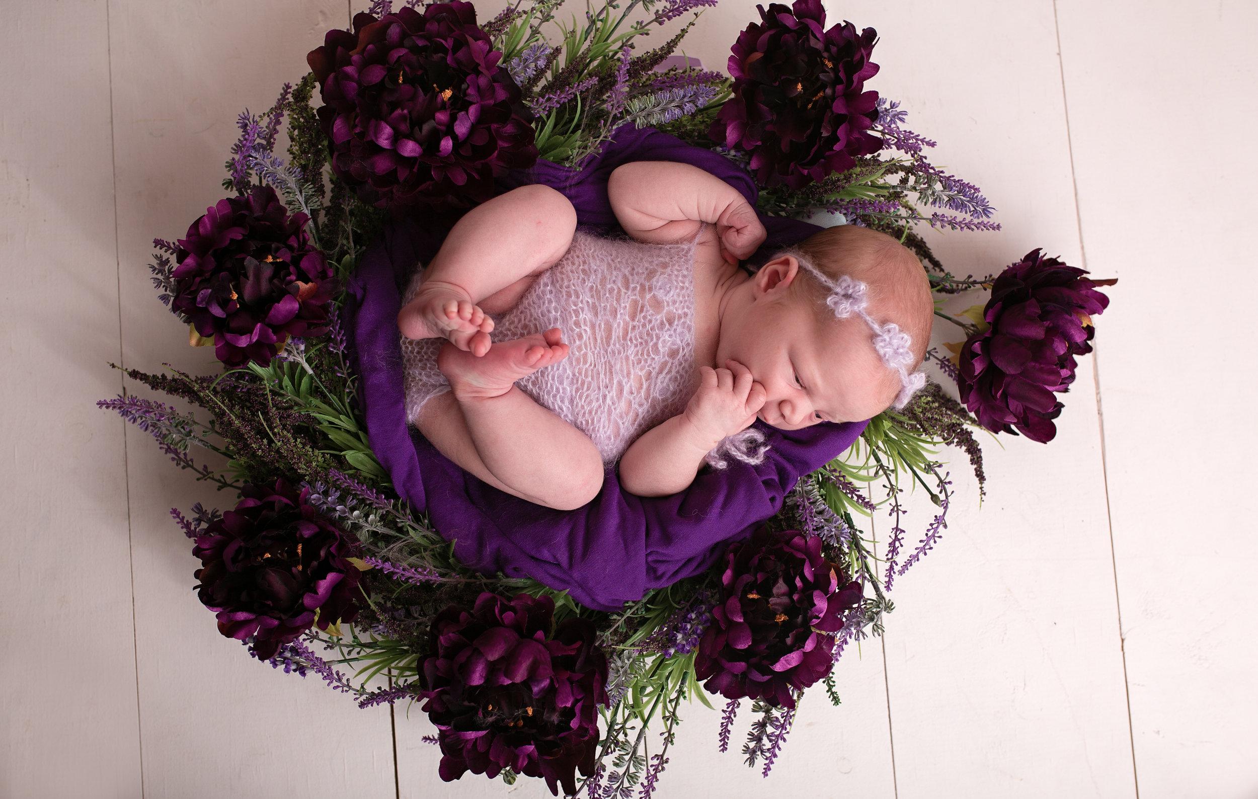 18_11_07 Elizabeth Newby - Londyn's Newborn Session115.jpg