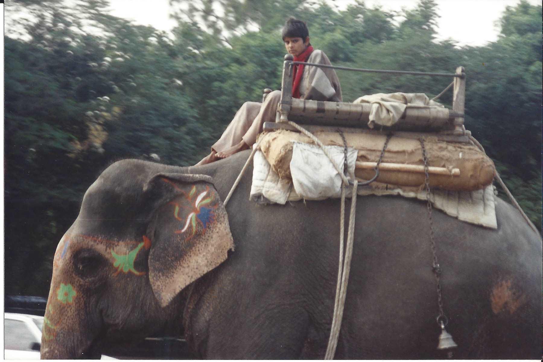 1985 Hong Kong India Nepal Paugkok 05.jpg