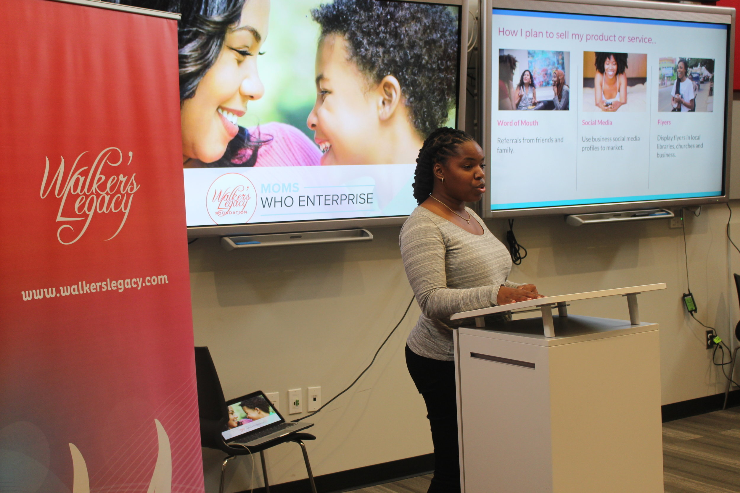 Moms Who Enterprise DC program participant pitching her company for the opportunity to gain a $1,000 micro-grant.
