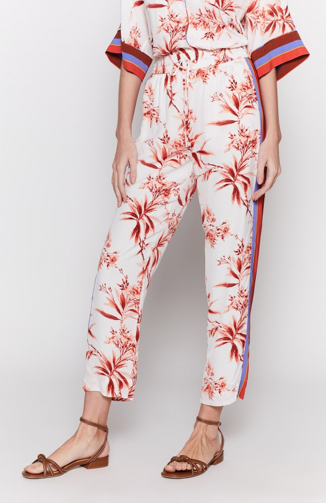 QuisyPants - Bold but pretty pants in a perfect mix of athletic stripes and tropical florals, these are pajama-inspired but decidedly 'going out' ready. Cut in a cropped length with an easy drawstring waist for maximum laidback vibes.