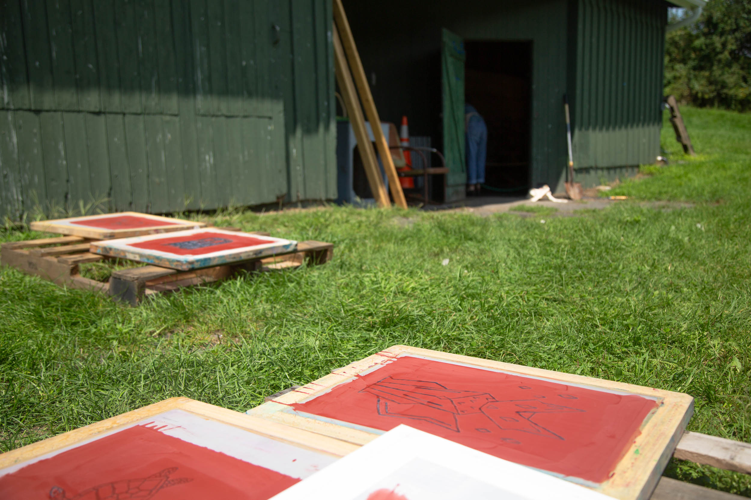 wassaic-project-education-teen-screenprinting-camp-2018-08-15-12-23-49.jpg