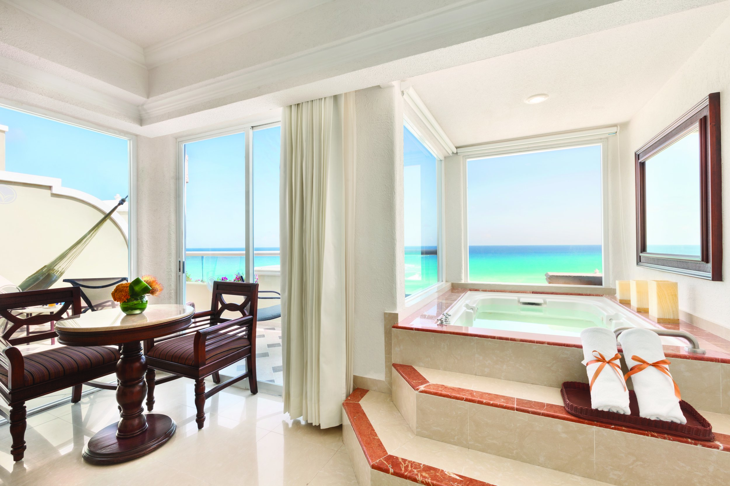 Honeymoon-Gran-Caribe-Resort.jpg
