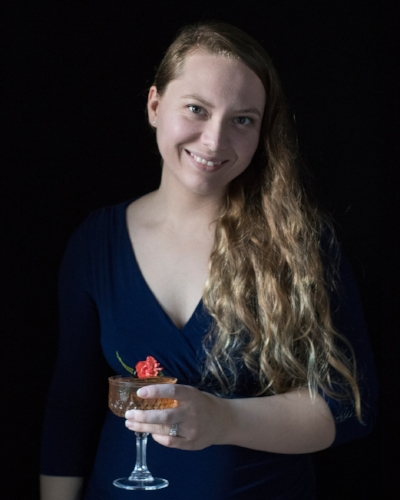 Amy Traynor / Moody Mixologist