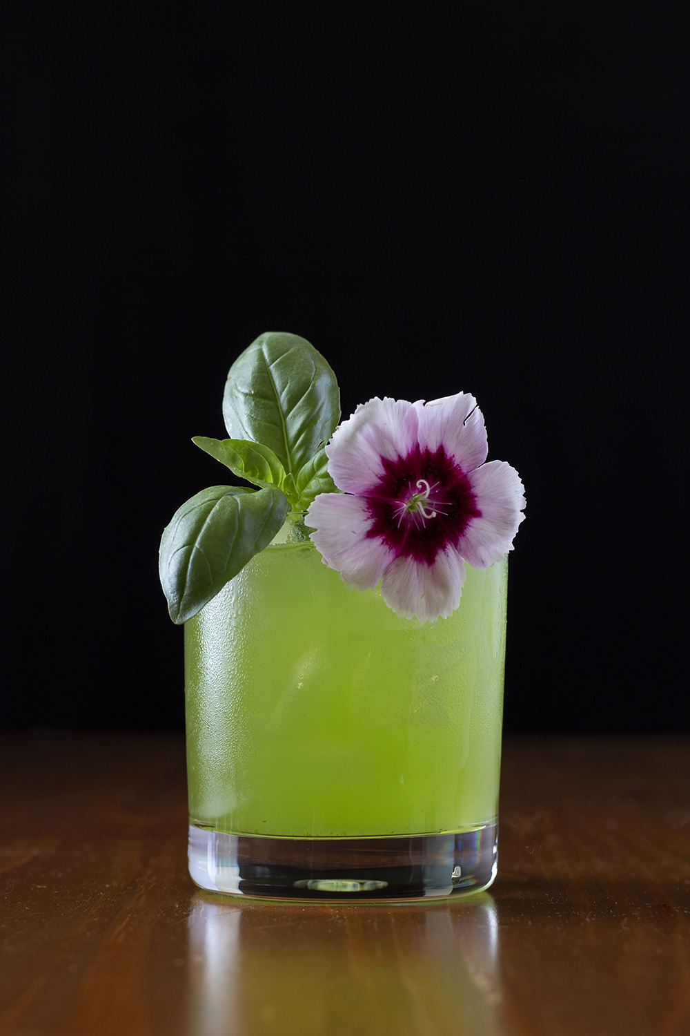 This Gin Basil Smash is eye-catching because of contrasting colors and shapes.