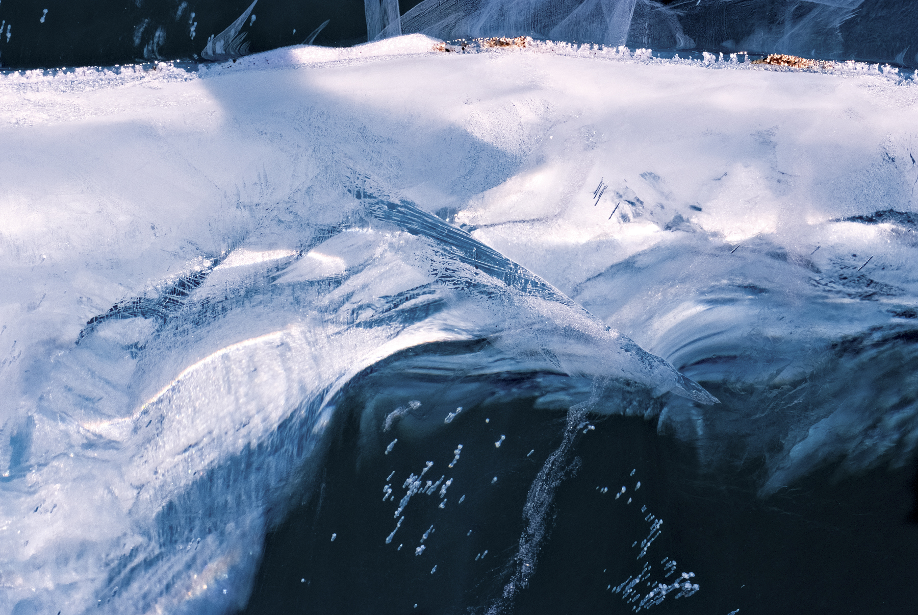 Divergent Gases, Lake Vanda