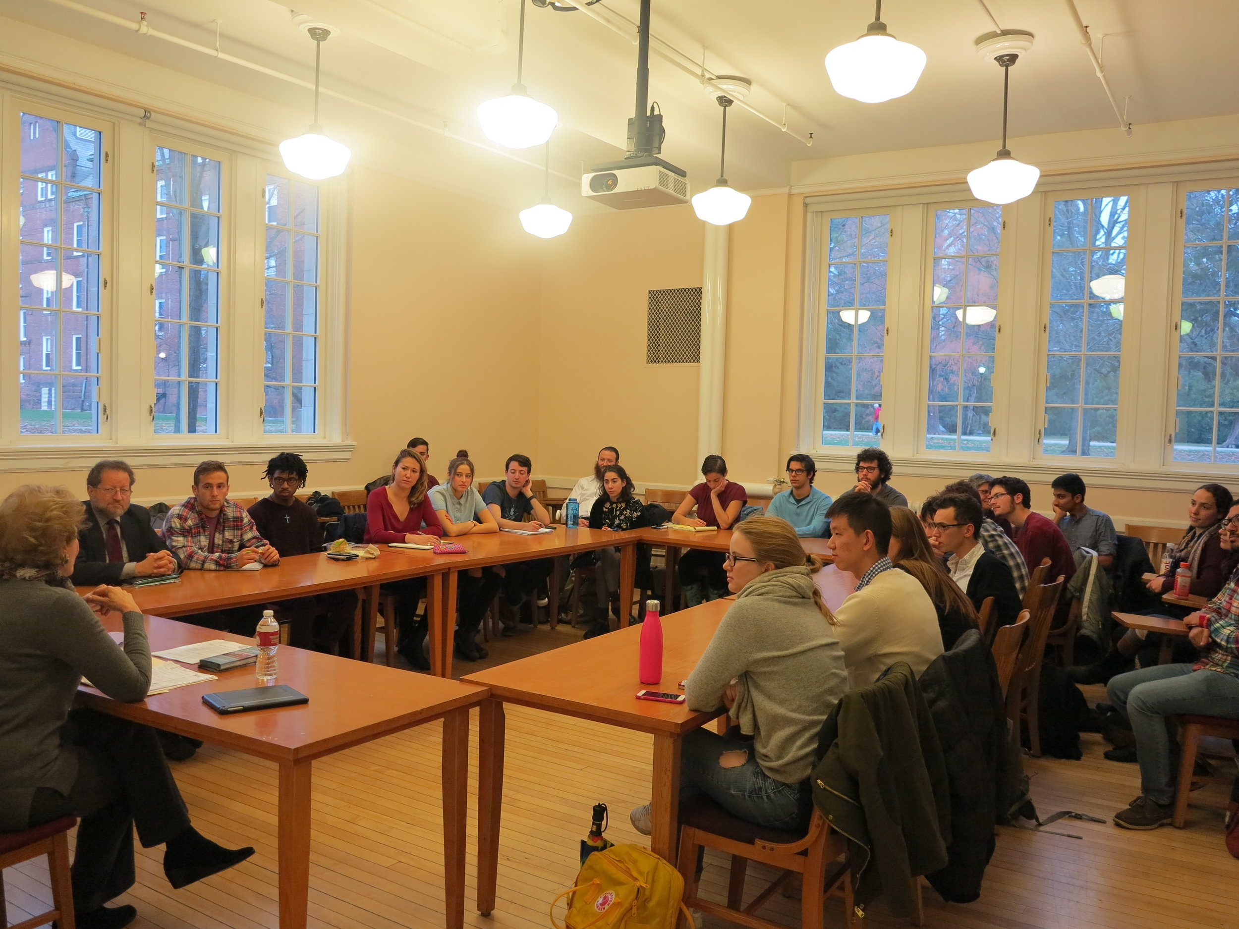 Dr. Georgette Bennett '69, delivers a lecture on the Jewish response to the Syrian Refugee Crisis