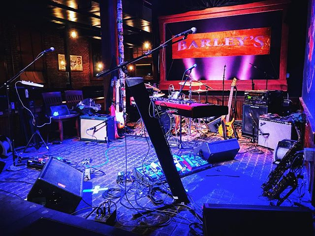 Here's a glimpse of our stage setup at @barleysknoxville - absolutely beautiful night! Can't wait to come back. . . . . #displace #DisplaceMusic #FunkFusion #saxophone #concertphotography #stagesetup #knoxvilletn #lightingdesign #ElixirStrings #nordkeyboards #ibanezbass #fenderstrat #GibsonLesPaul #pdp #pizzaria #tampamusic #tour #tourlife #ontheroadagain @elixir_strings @nordkeyboards @fender @officialibanezguitars