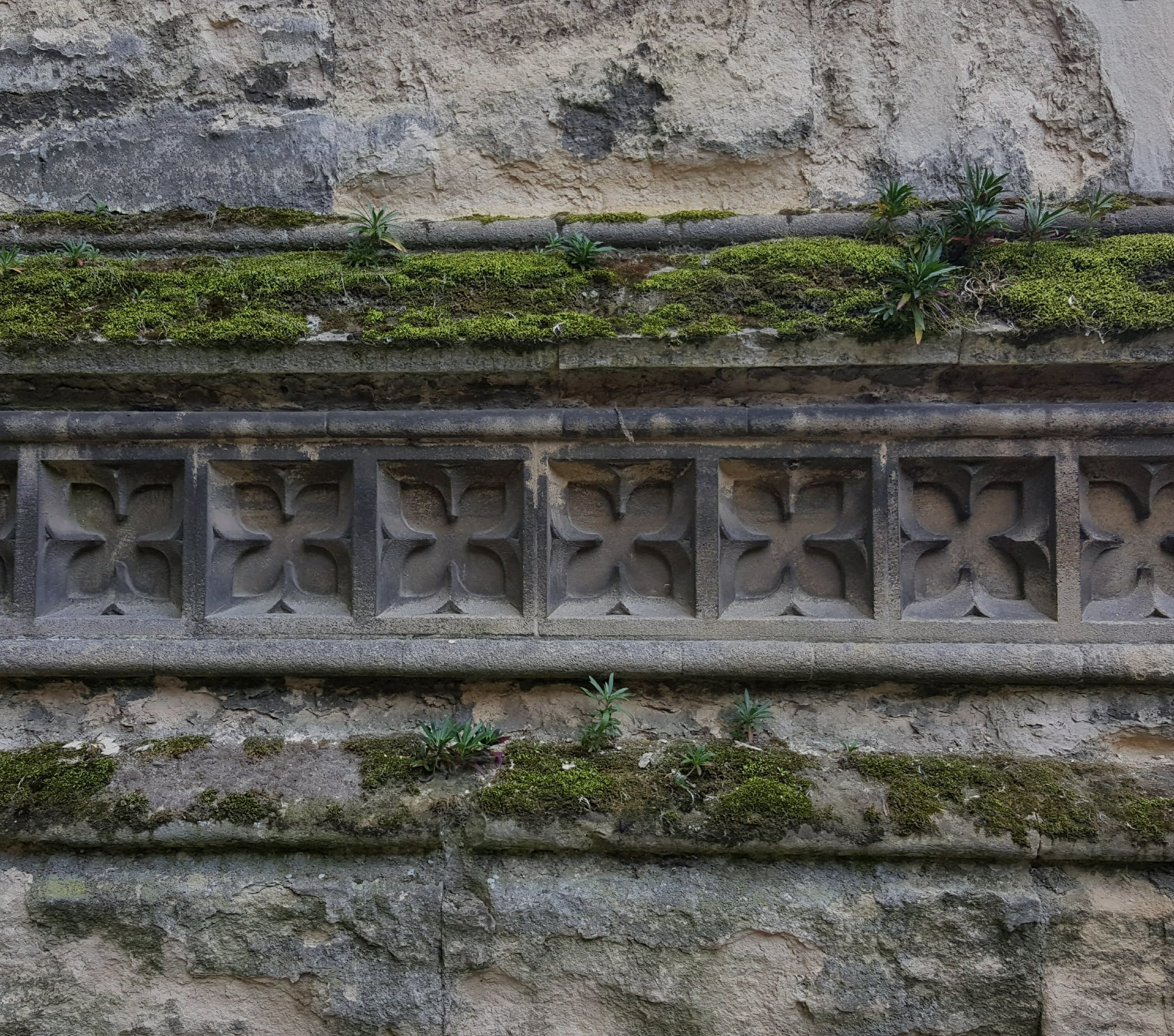 Exterior wall of Canterbury Cathedral, June 2016