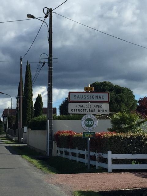 saussignac-village-sign.jpg