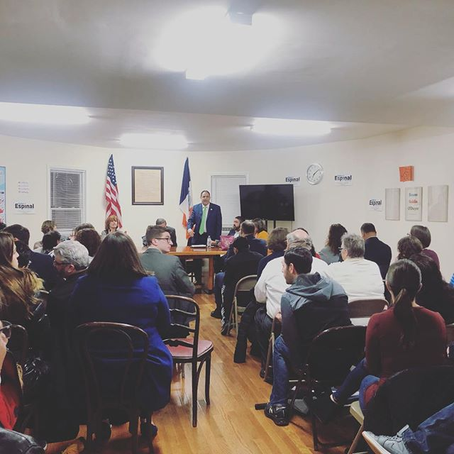 Our next meeting is Tuesday, April 30th at 7pm. We look forward to seeing our members, especially anyone new interested in joining!This will be our first meeting with the newly elected Board! Here's a throwback from our first meeting this year. Hope to see you all next week! #astoria #Democrats #club #meeting #politics