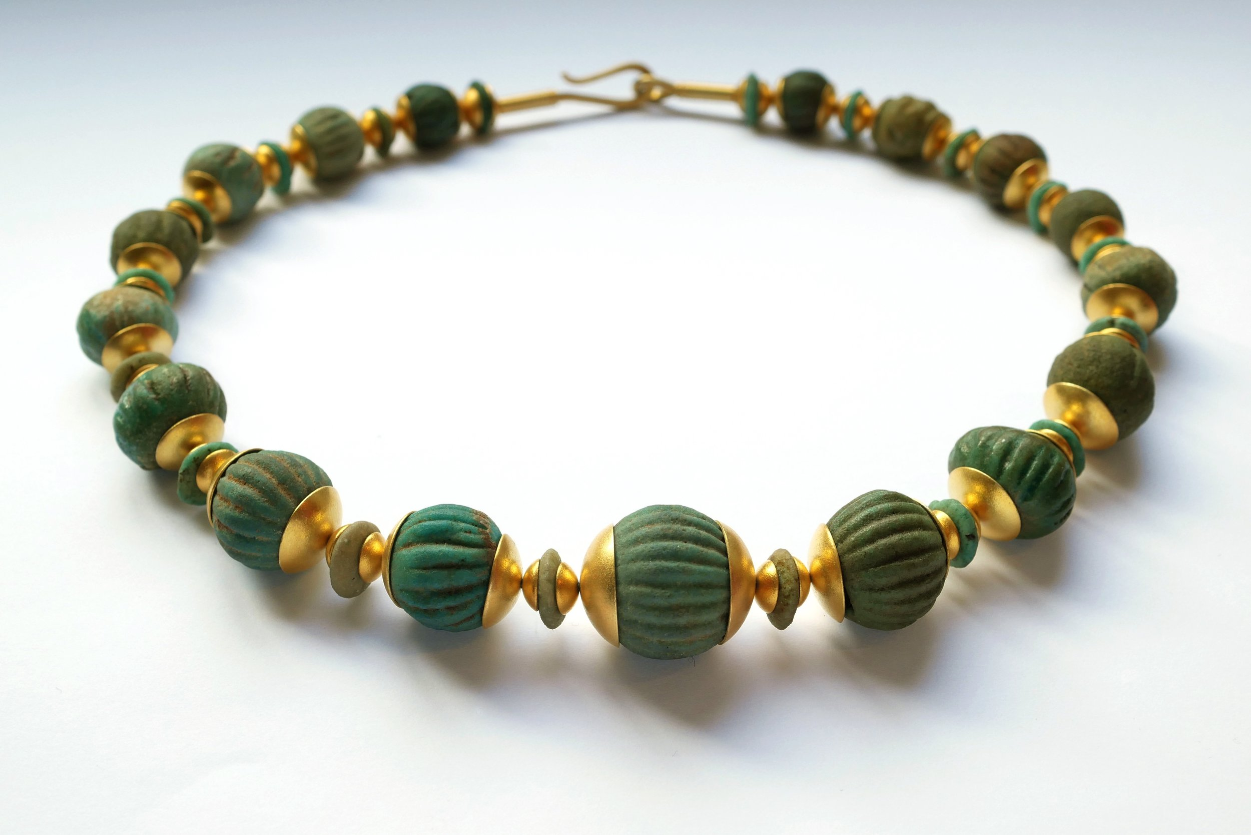 necklace_romanmelonbeads1.jpg