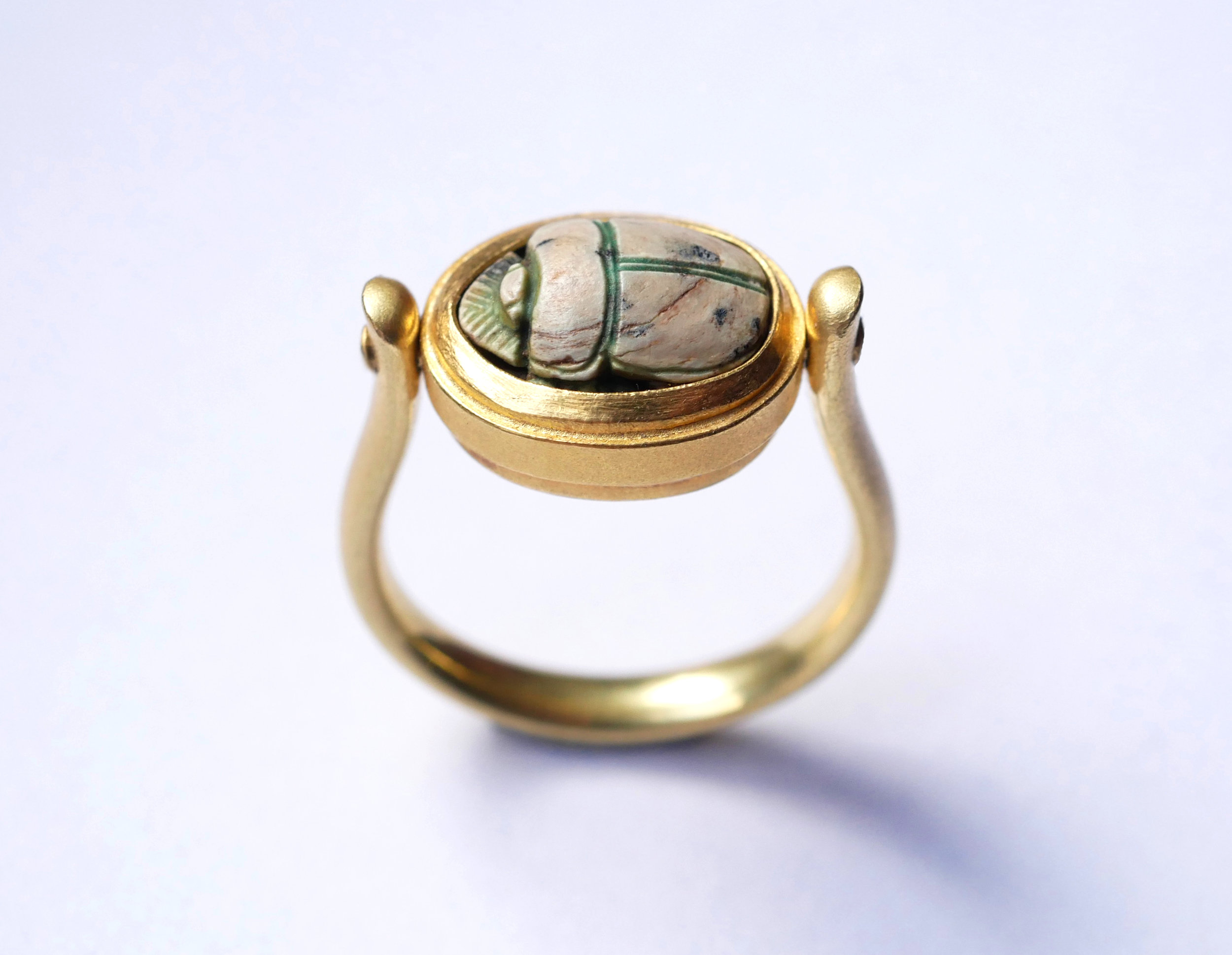 ring_scarab_swivel1.jpg