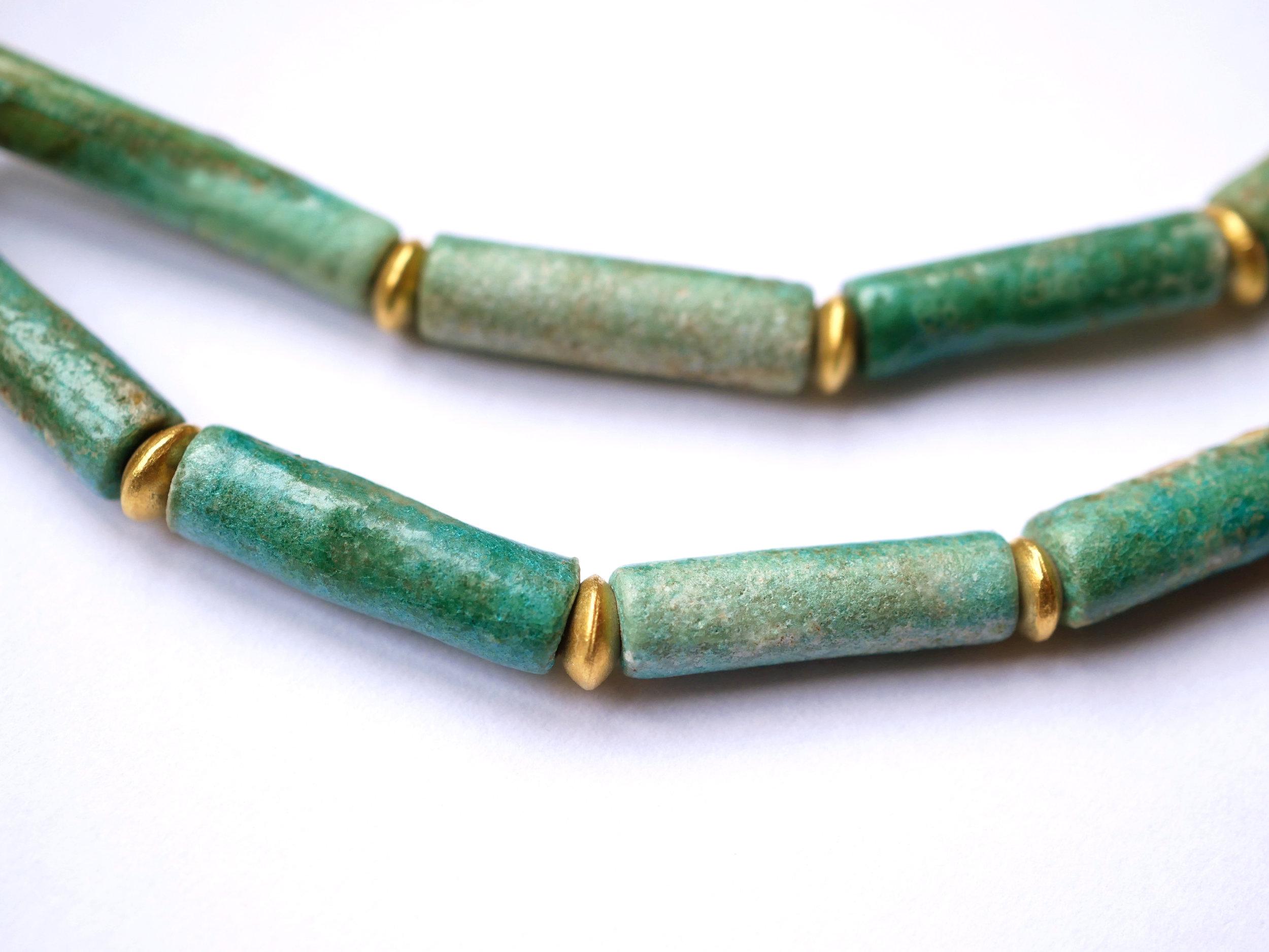 necklace_fayencebeads2.jpg