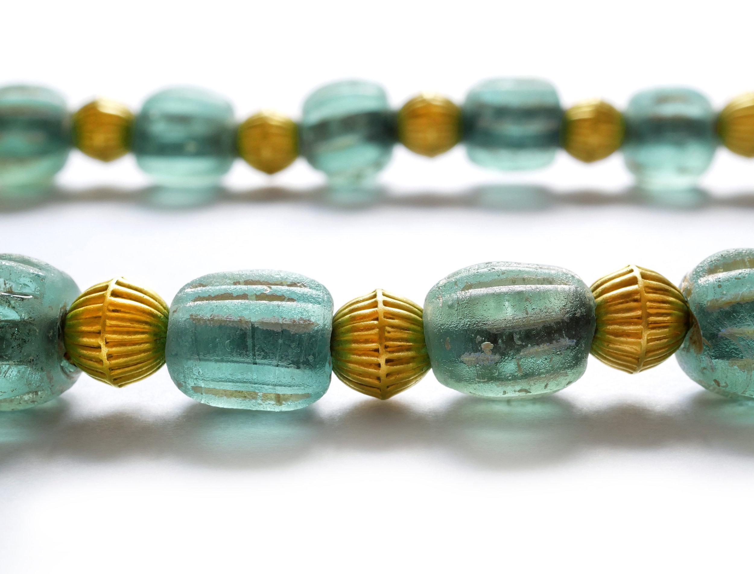 necklace_romanglassbeads_green3.jpg