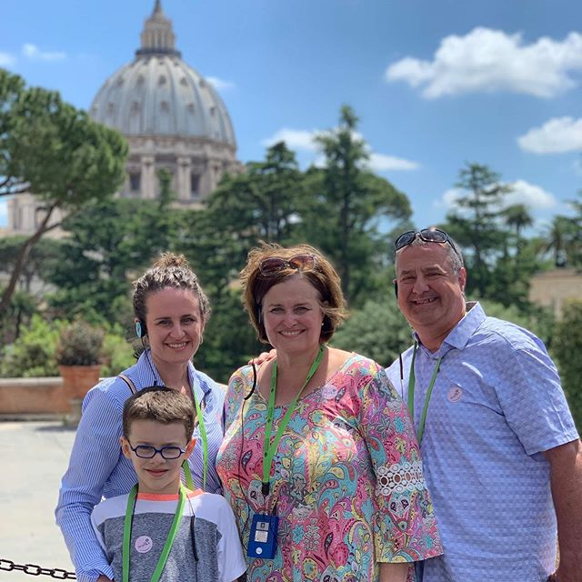 Philip and I spent the day in the smallest country in the world with Michelangelo, Raphael, and the Pope 😉 while Ozzie studied away in a library. Our necks are almost as sore as our feet from looking up so much. Check my IG story 👆🏻 to see how Philip felt about our three hour tour. One more day left to show the parents around! #PadillasinRome #InItaly #InRome