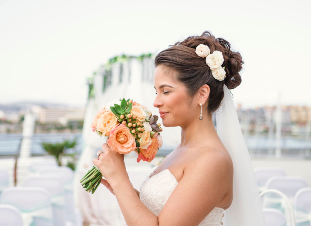 Hour+Weddings+Bridal+Bouquet+Gibraltar.png