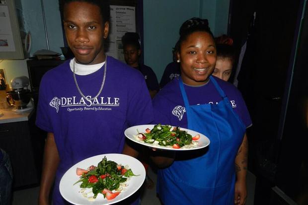 serving-spinach-salads.jpg