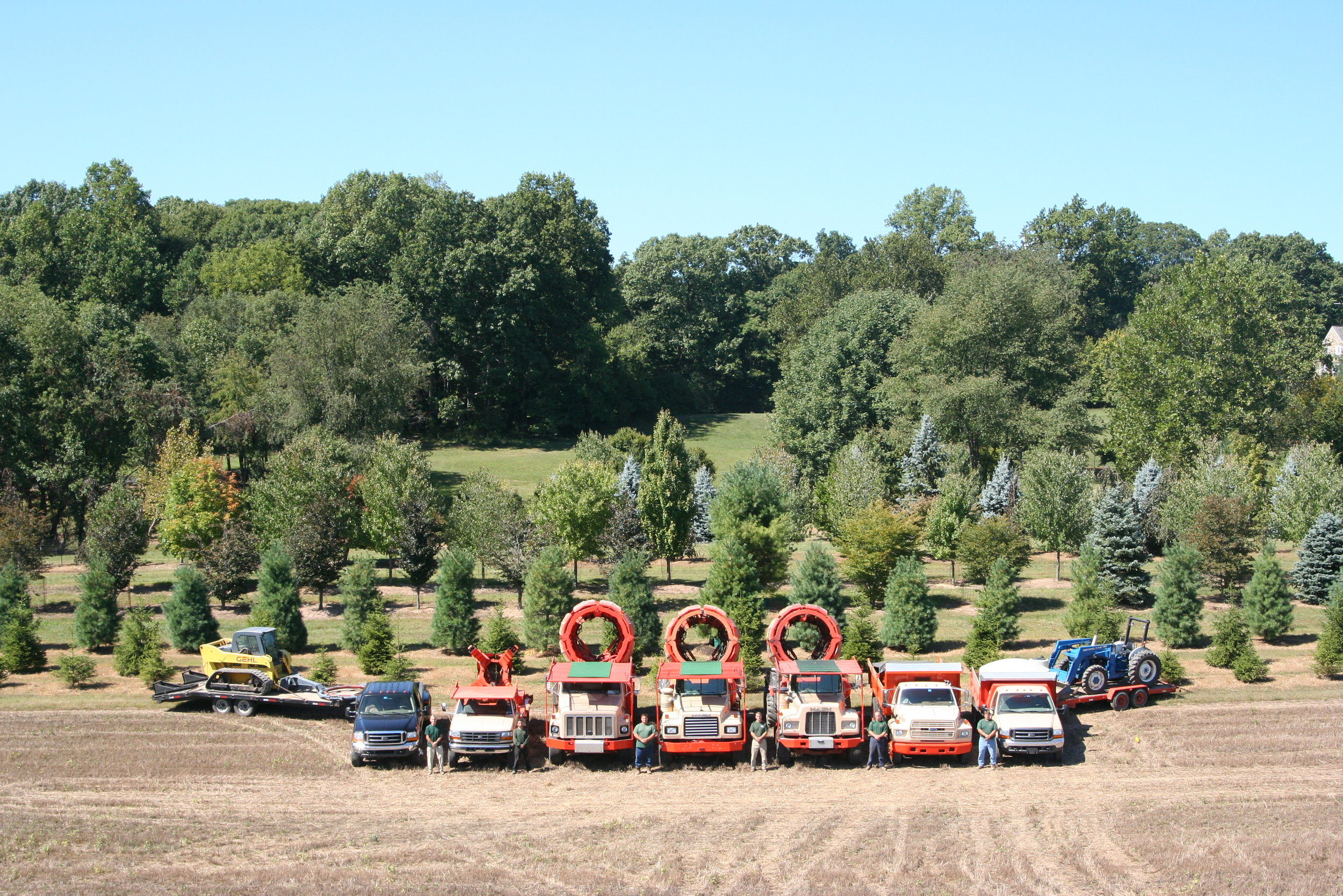 American Treescapes: Our Fleet - Our mechanical spades can move trees up to 14