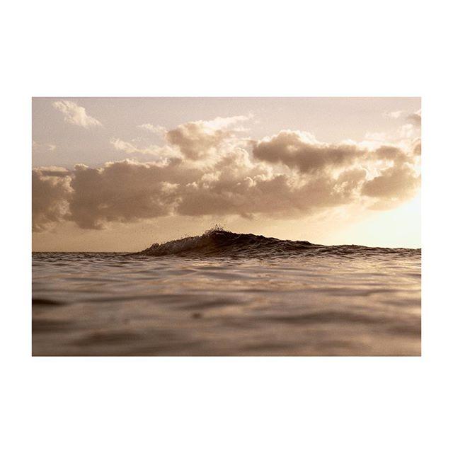unpredictable & always in move ⠀ #vsco #igmasters #peoplescreatives #photoshop #moodygrams #imaginativeuniverse #artofvisuals #creatorgrams #traveling #art #artcontest #visualoflife #Montrealphotographer  #digitallyart #creativegrammer  #fstopperstravel #etczine #fineartphotography #missnothingmag #filmwave #kodaklosers #montrealartists #nograinnoglory #createtoexplore #underwaterphotography #underwaterpic #outex