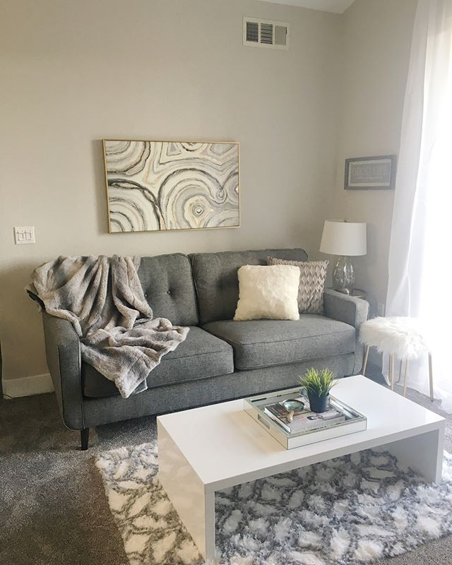 "So excited to finally have one space fully complete! It's so cozy in here and I love my view. Slide to see the ""before""! #designer #modern #moving #contemporary #beforeandafter #livingroom #decorating #smallspaces #transformation #trends #interiordesign #accesorios #fluffyblanket #organized #organizer #calistyle #glam #loveit"