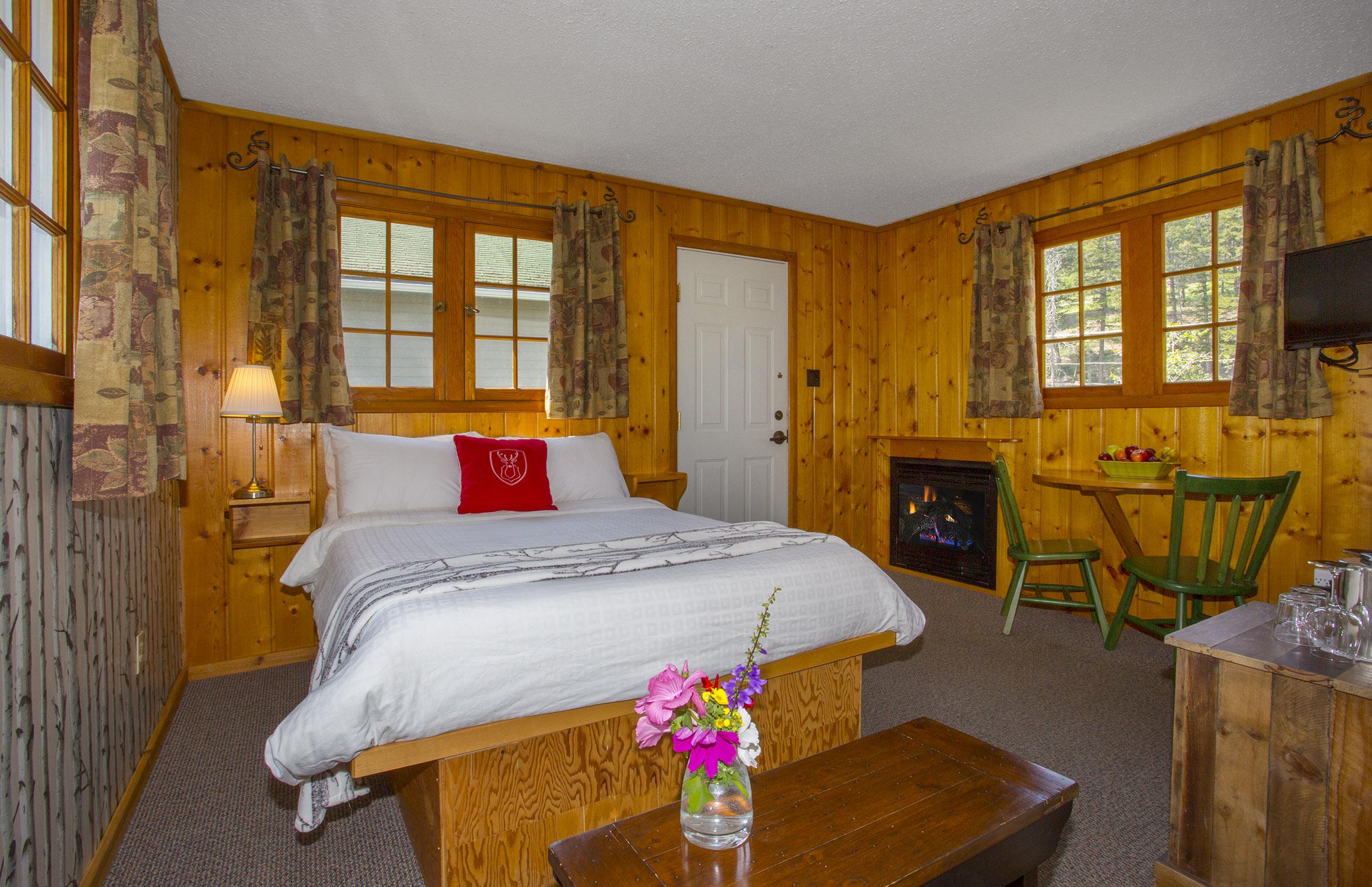 Forest Cottage 16c LR.jpg