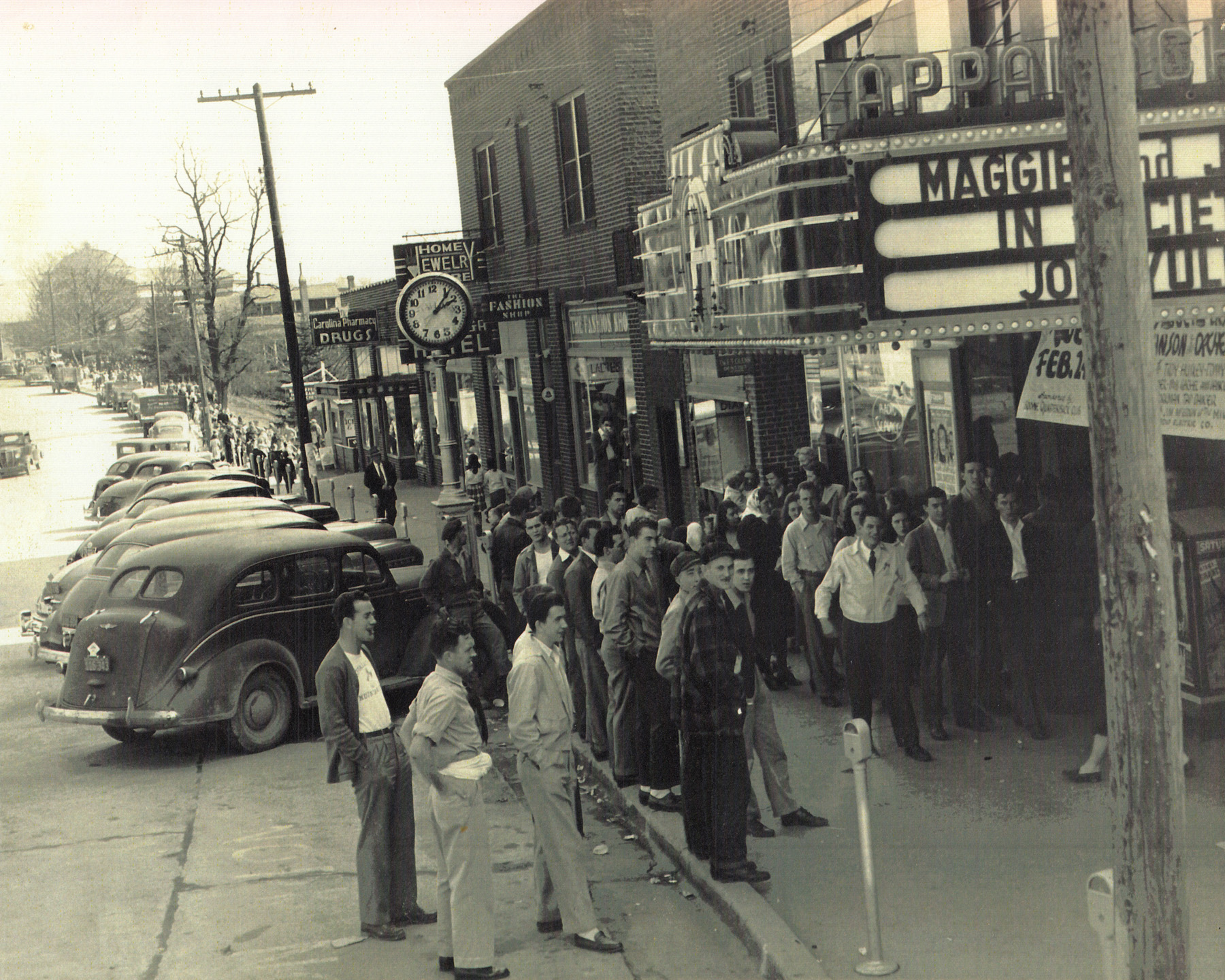 Patrons line up at the Appalachian Theatre, February 19, 1948. Image courtesy of the Sams Family.
