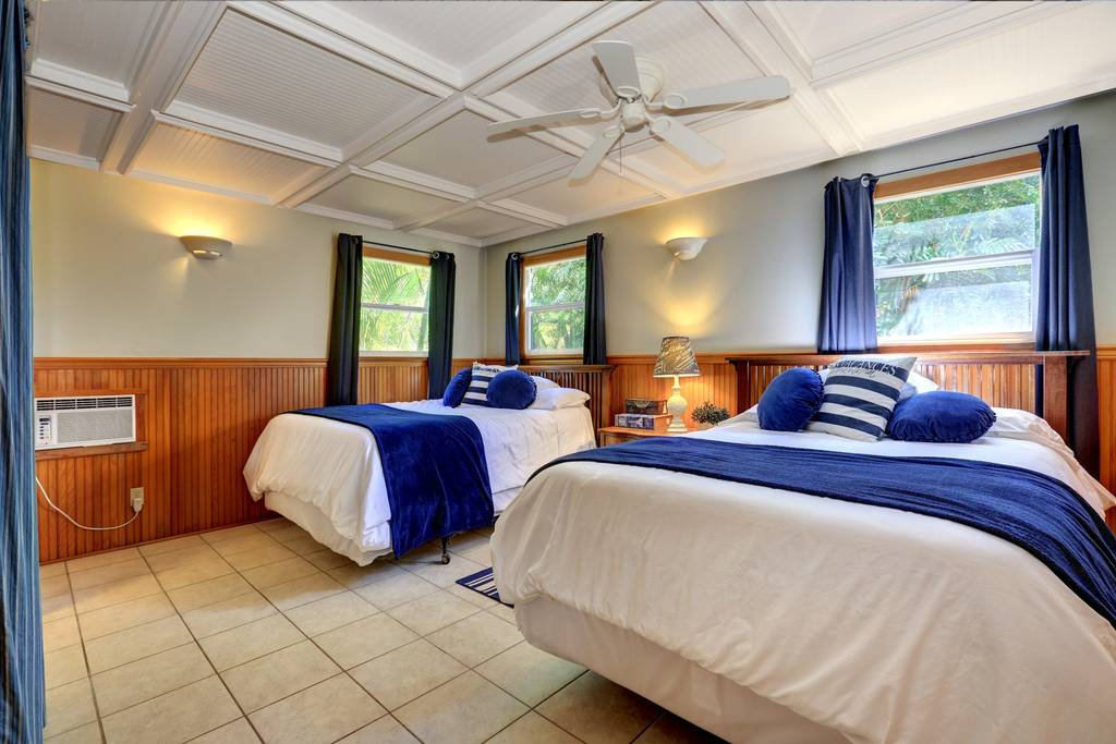 PACKAGE 2 - DOUBLE/ SHARED ROOM  Features:Private Bath,Ocean Views,Air Conditioning,Modern Suite, Queen Size Bed  (2/4 Spots Filled)