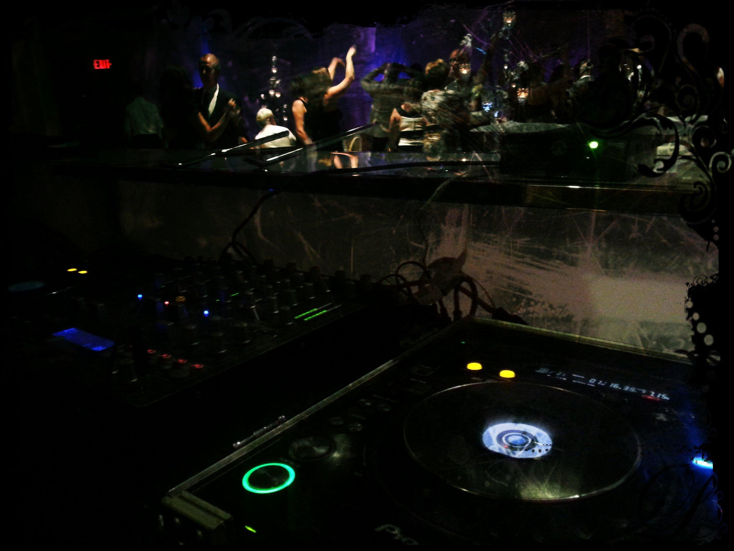 DJ Scratch (1).jpg