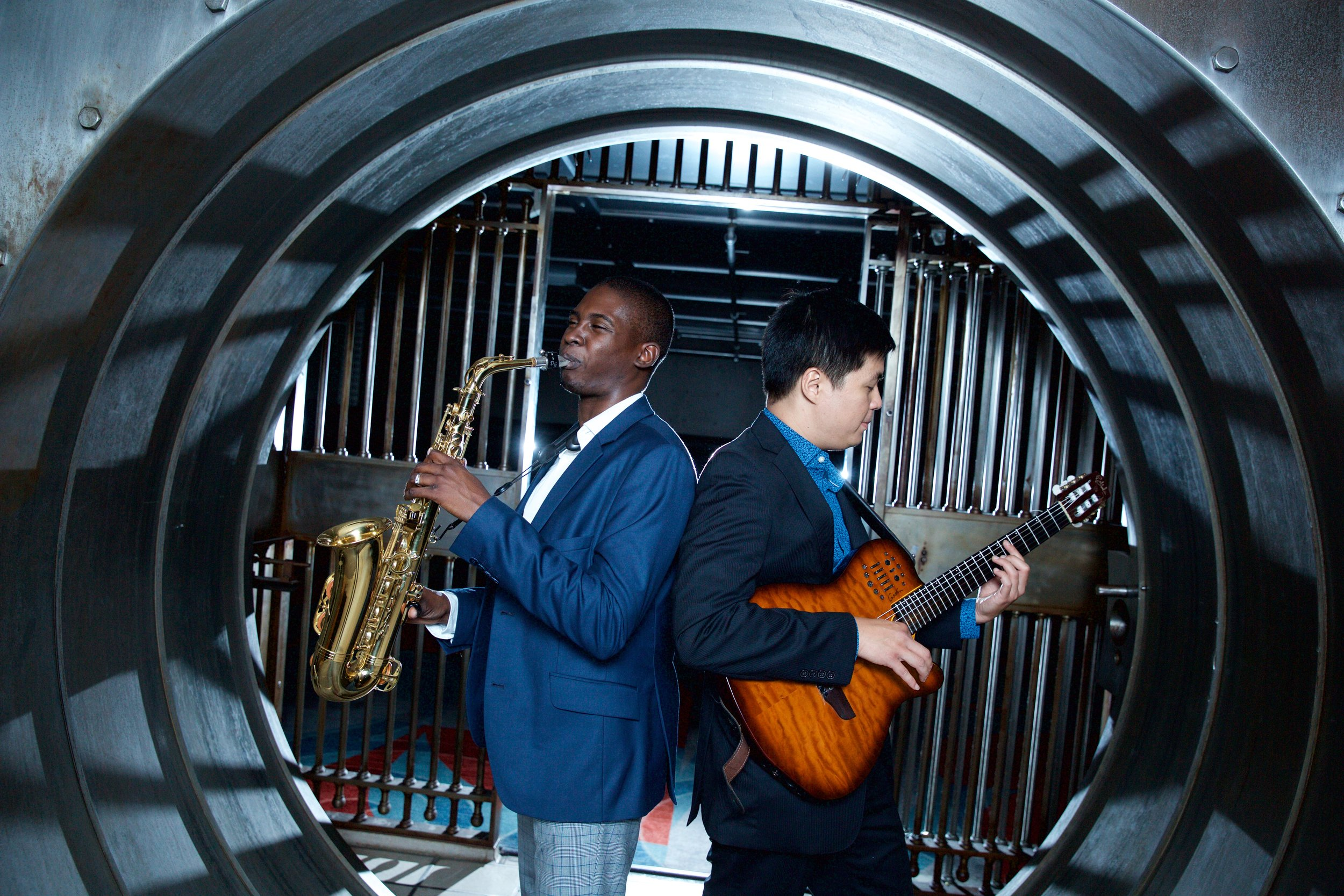 Live Music - Your wedding is one of the most important days of your life and it is Duetto sole mission to make it both an immersive and memorable. At Duetto, we pride ourselves in having the best musicians in the city. Whether you need a solo saxophonist, or an 8 piece motown band, Duetto have everything you need to make your wedding special.