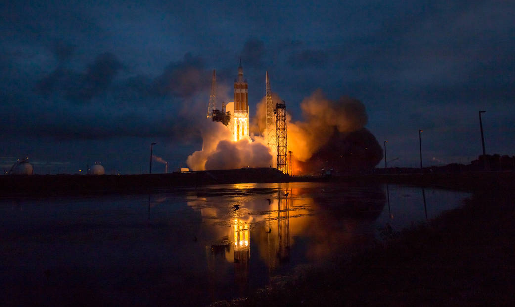 NASA-Orion-Launching-Kennedy-Space-Center.jpg