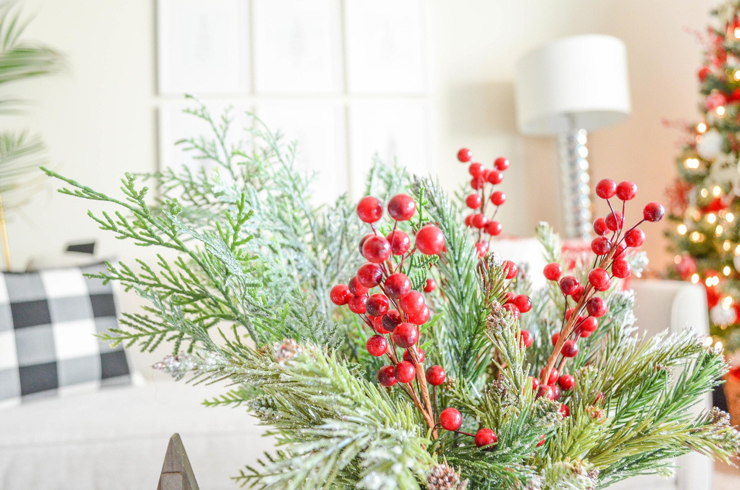 Cozy Christmas Decor-9.jpg